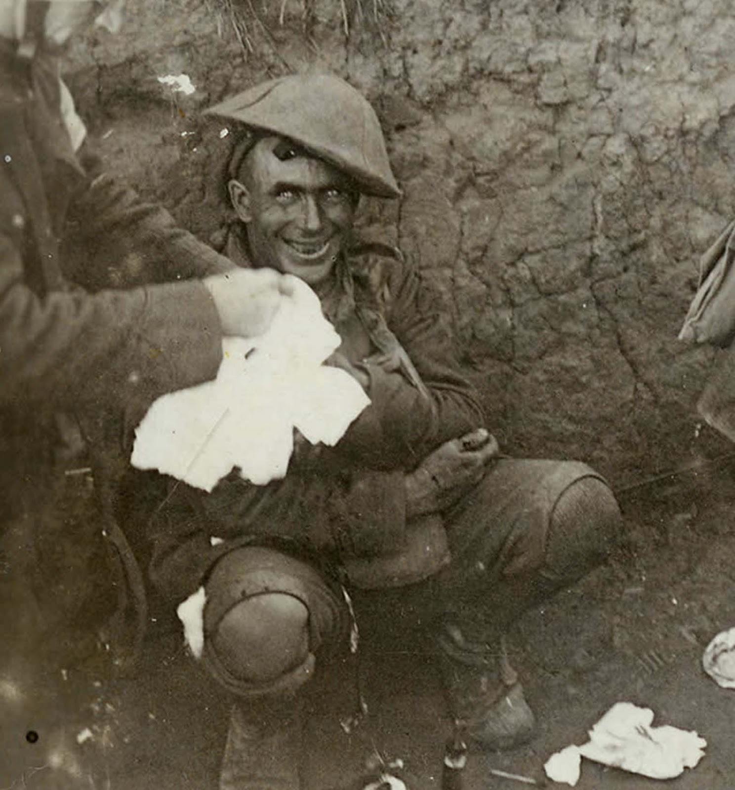 Image result for world war i photos crazed man trench""